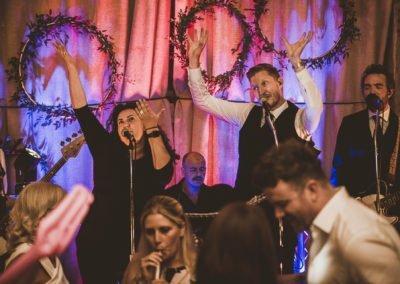 Kent Wedding Band Gildings Barns